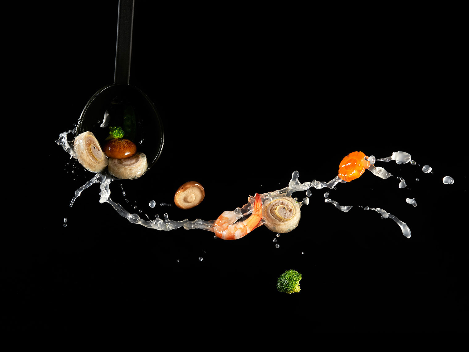007_F103_food_shot_flying_mushroom_shrimp_soup_BITE_Studio_Wing_Chan